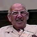 Peter Drucker welcomes new MBA students, 1997