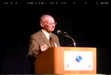 1999 SSA Convention. Part I Exhibit Hall slideshow (23 min) and Part II SSA Banquet with Keynote speaker Paul MacCready (Video)