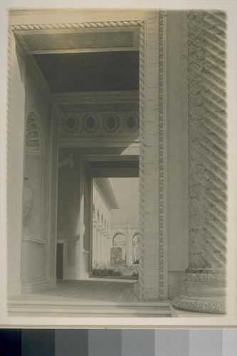 H27. [Arch of the Rising Sun, Court of the Universe (McKim, Mead and White, architects).]