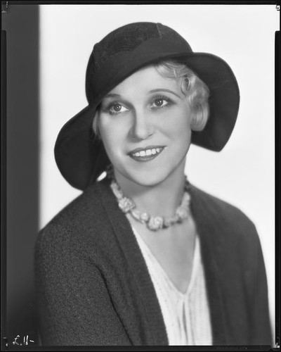 Peggy Hamilton modeling a Hortense hat with a wide brim, 1931