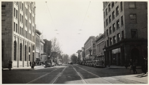 7th & Jay street, looking South