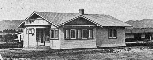 Weeks Poultry Community house, circa 1927