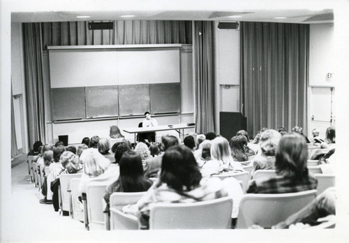 Students in class, Pitzer College