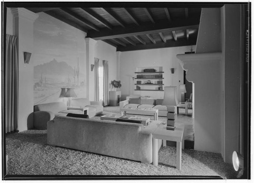 Bell, Mr. and Mrs. William Graham, residence. Living room