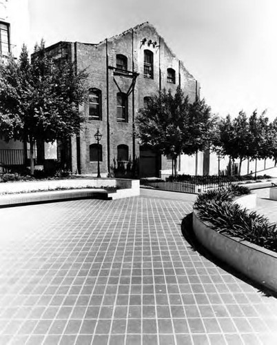 Plaza Substation (Los Angeles Street Side) looking northwest, part of Plazita Dolores and fountain also in the picture