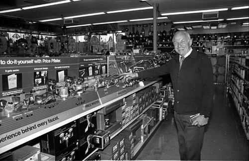 Marty Witkin, owner of San Fernando Hardware
