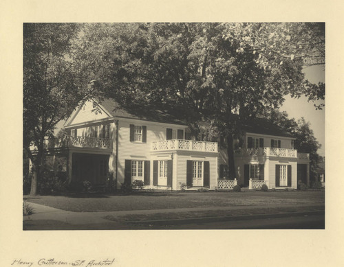 Residence of H. L. Adams from front on The Esplanade at 4th Avenue in Chico, California, front view