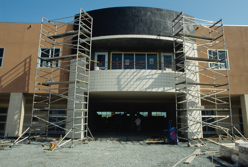 Good Construction Of What Appears To Be The Library At The Contra Costa Campus Great Pictures