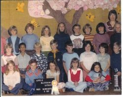 Apple Blossom School 3rd grade class picture with teacher Gloria Roberts, about 1980s