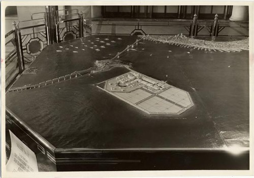 [Model showing the completion of the Bay Bridge, Golden Gate International Exposition on Treasure Island]