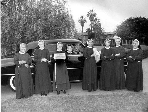Franciscan nuns raffle off a 1952 Dodge