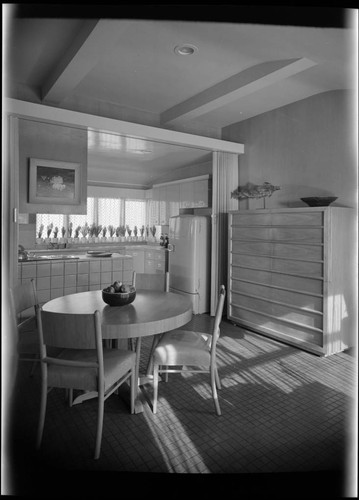 Pace Setter House of 1951: Interiors and exteriors, kitchen, laundry room, storage. Dining room and Kitchen