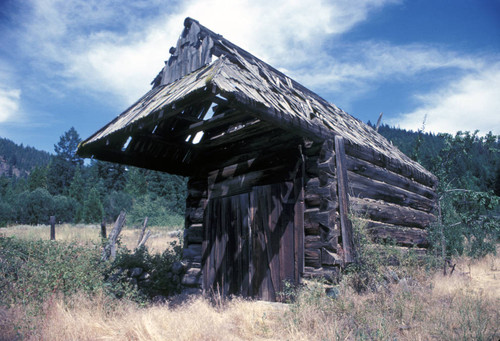 Dilapidated wooden structure at Homer Lake