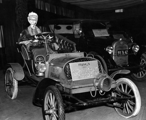 1904 Franklin automobile at Los Angeles Auto Show