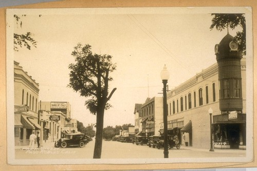 Paso Robles, Calif. in May 1932. Park Street, Paso Robles, Calif