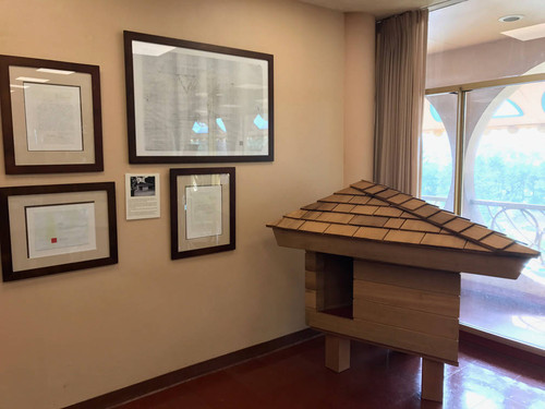 Calisphere Frank Lloyd Wright Designed Doghouse On Display At The
