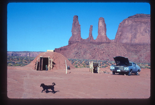 Abandoned Hut On The Roadside Selling Navajo Jewelry Stock Image ...