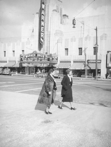 Warner Brothers Theater, Huntington Park
