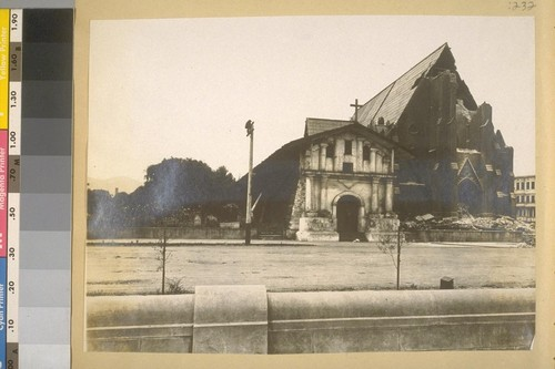 [Earthquake damage to church: Mission Dolores.]