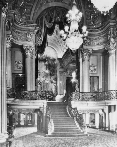 Carpeted staircase, Los Angeles Theatre