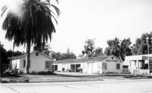Brewster's Auto Camp, Main and D Streets, Tustin, 1938