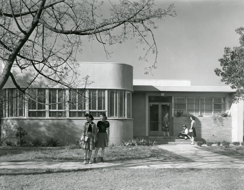 Home Economics Building of Pepperdine College, 1943