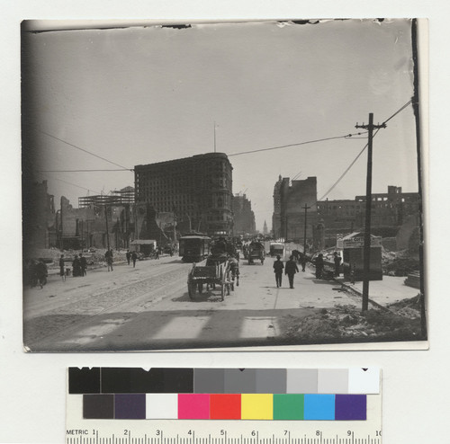 [View down Market St. from near Sixth St., with makeshift businesses along street. Flood Building, left center.]