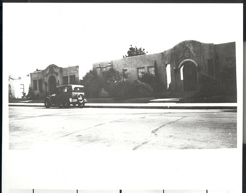 Salinas Valley Hospital, East San Luis & Monterey Streets, Salinas, California, Ph. 350 © 1930 Salinas Public Library Ph 350 ©Salinas Public Library