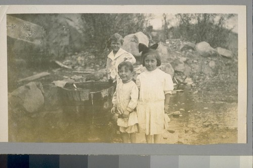 [Unidentified children.]