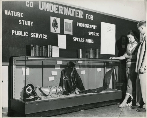 1955, Old Post Office building, A library display