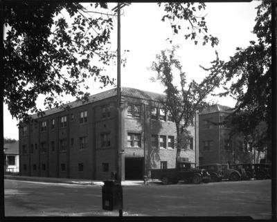 Dwellings   Stockton: N.Hunter St. U0026 E. Vine St.,