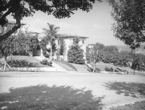 Houses on Mount Vernon Drive, View Park-Windsor Hills