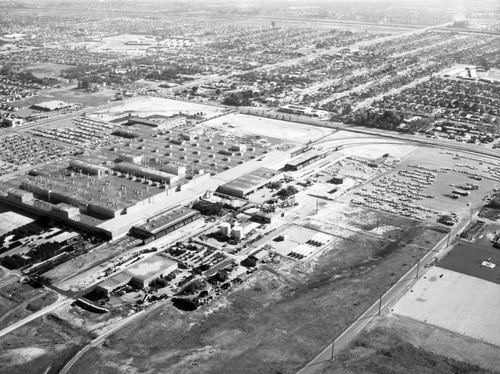 Ford Motor Co., Mercury Plant, Washington and Rosemead, looking east
