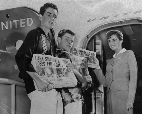 Herald-Express carrier boys off to Hawaii