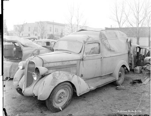 Calisphere: Susanville Auto Wreckers