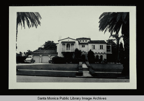 416 Marguerita Avenue (Lot 2, Block F) Santa Monica, Calif., owned by Harry Reader