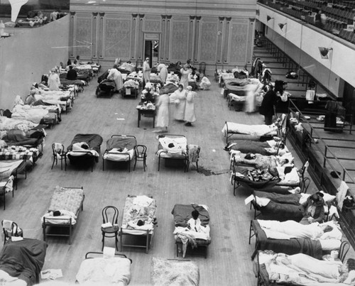 1918 flu epidemic [picture] : the Oakland Municipal Auditorium in use as a temporary hospital