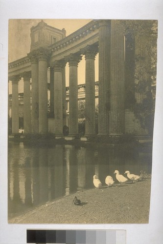 Palace of Fine Arts. [Lagoon and colonnade. Bernard R. Maybeck, architect.]