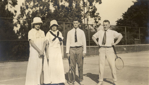 Group on the tennis court at the Mount. Tamalpais Military Academy Tennis Court in San Rafael, California, March 1914 [photograph]