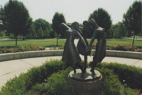 New campus-Sculptures (except Peace Garden)-0107