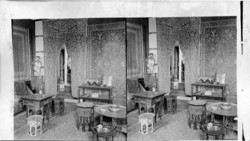 Salon oriental simple grand foyer of harry winston mandarin oriental hong kong salon with - Maison plain pied deco orientale palm springs ...