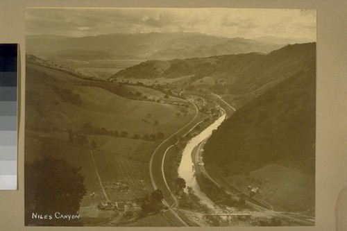 Niles Canyon [aerial view]