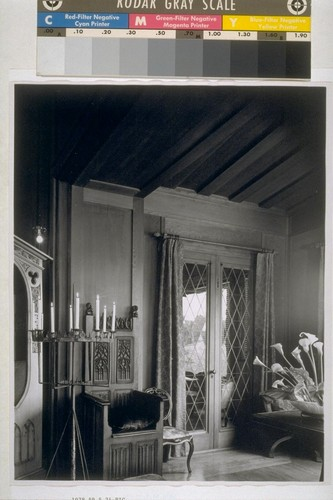 Roos House, San Francisco: [interior, detail of furnishings]