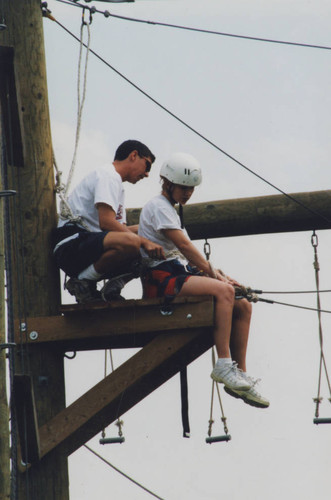 Colleges and schools-College of Health and Human Services-Experimentally Designed Group Effort EDGE ropes course 019