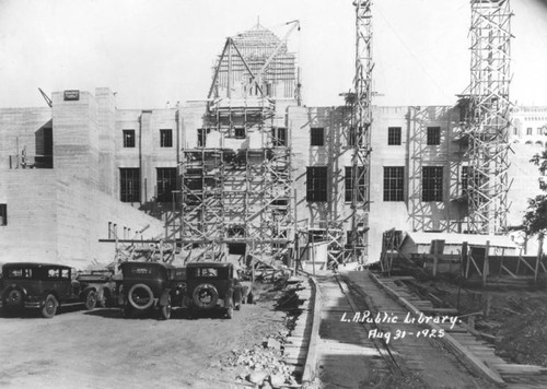 LAPL Central Library construction, view 58