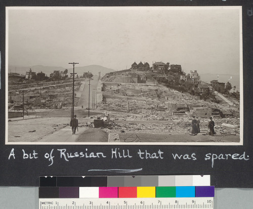 A bit of Russian Hill that was spared. [Looking north along Jones St. from Nob Hill.]