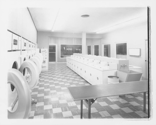 Calisphere: Triangle Speed-Wash coin operated laundry, Santa
