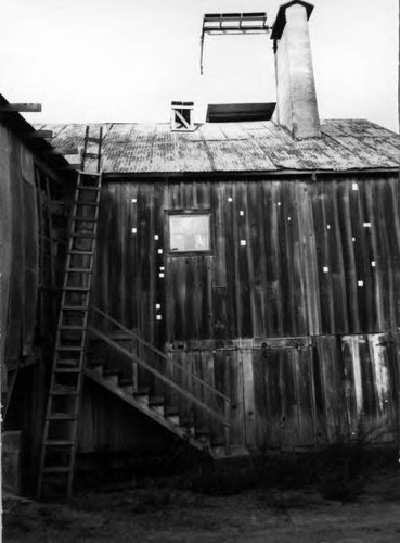Fruit dryer and packinghouse in west Sebastopol, California