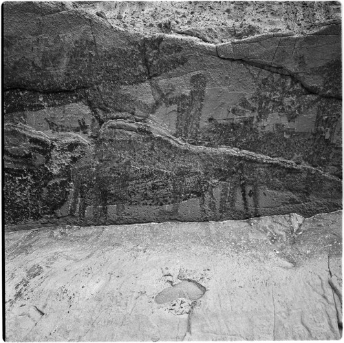 Rock art panels at Cueva del Batequi
