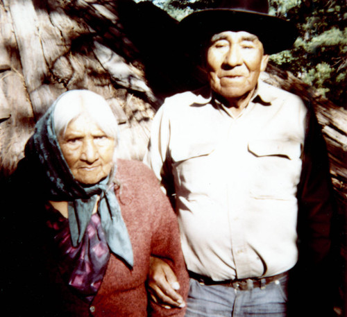 Unidentified Paiute man and woman from Pyramid Lake at Janesville, California